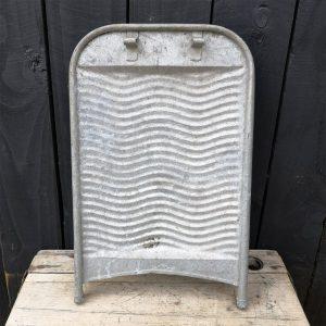 Vintage-Industrial-Metal-Washboard-Back